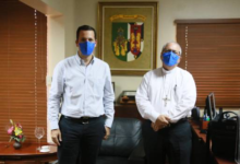 Photo of Monseñor Benito Ángeles recibe visita de Hugo Beras
