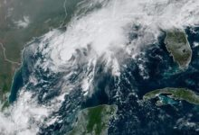 Photo of La tormenta tropical Beta avanza hacia Texas y Luisiana