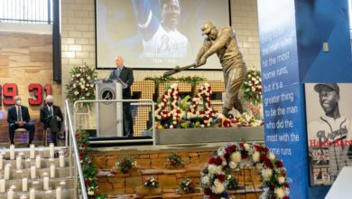 Photo of Los Bravos homenajean al legendario Hank Aaron