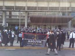 Photo of (EN VIVO) Abogados protestan en Día del Poder Judicial